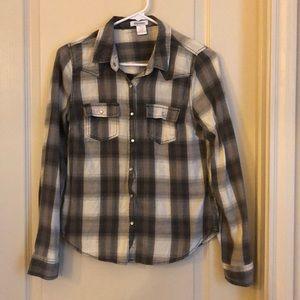 Tops - NWOT Plaid Collared Shirt XS